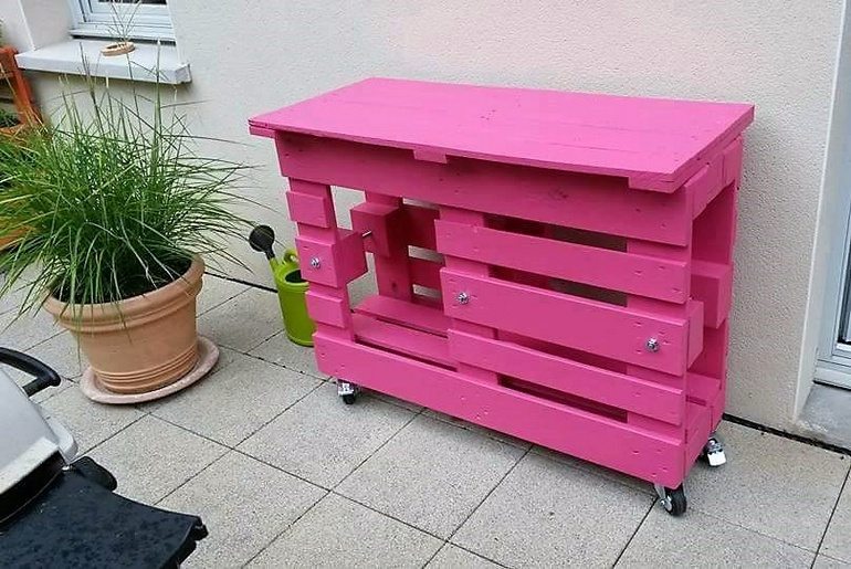 Cheap Creations with Recycled Wood Pallets