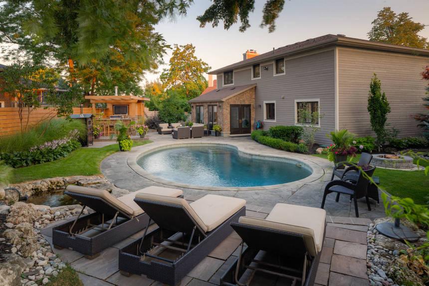 backyard designs 33