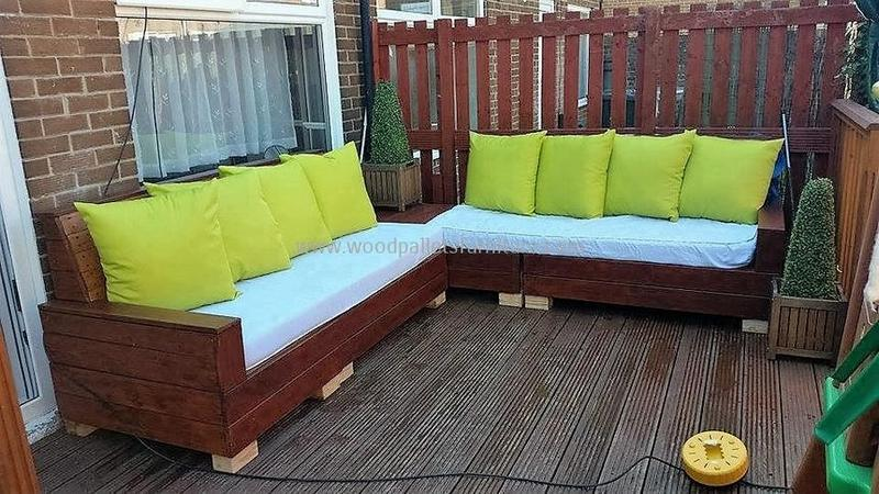 recycled pallet outdoor sofa and couch 94