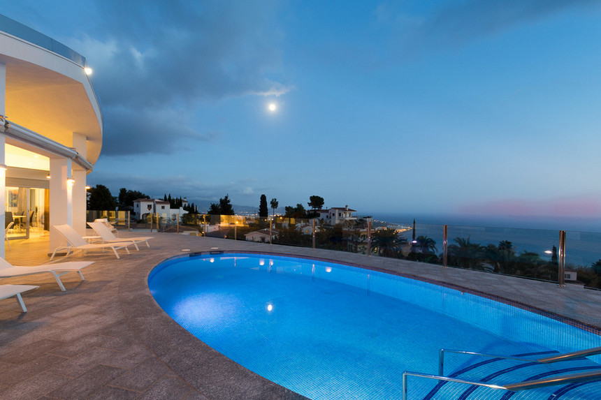 rooftop pool (14)