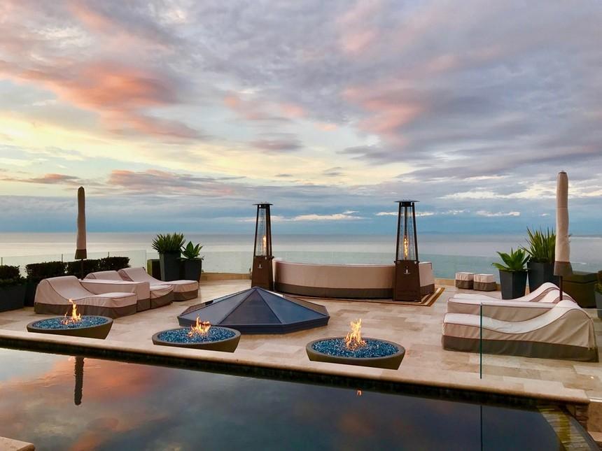 rooftop pool (15)
