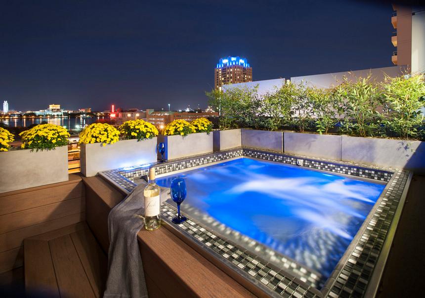 rooftop pool (22)