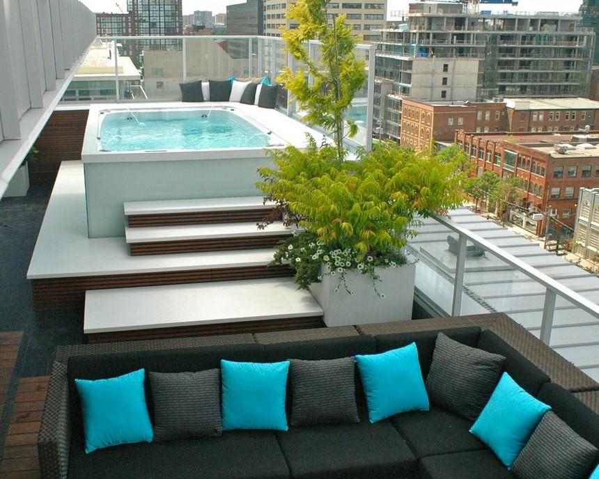 rooftop pool (24)