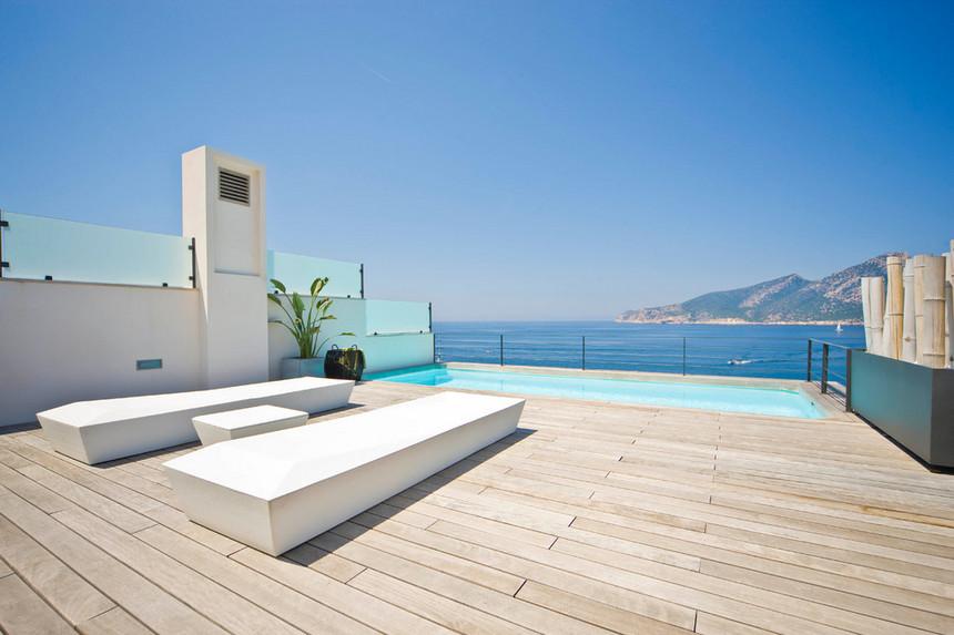 rooftop pool (33)