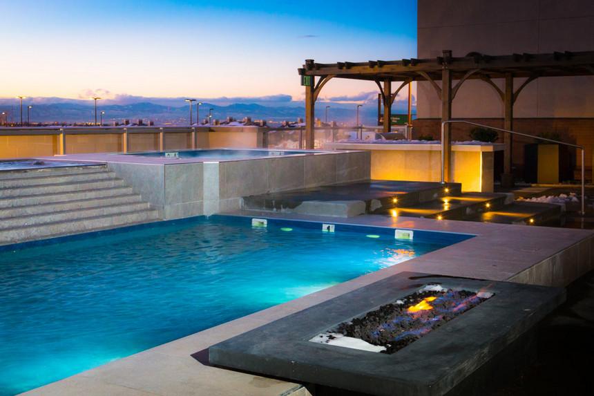 rooftop pool (36)