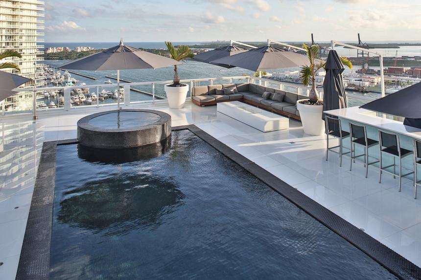 rooftop pool (48)