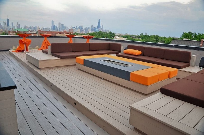 Rooftop Deck with a Fire Pit (12)