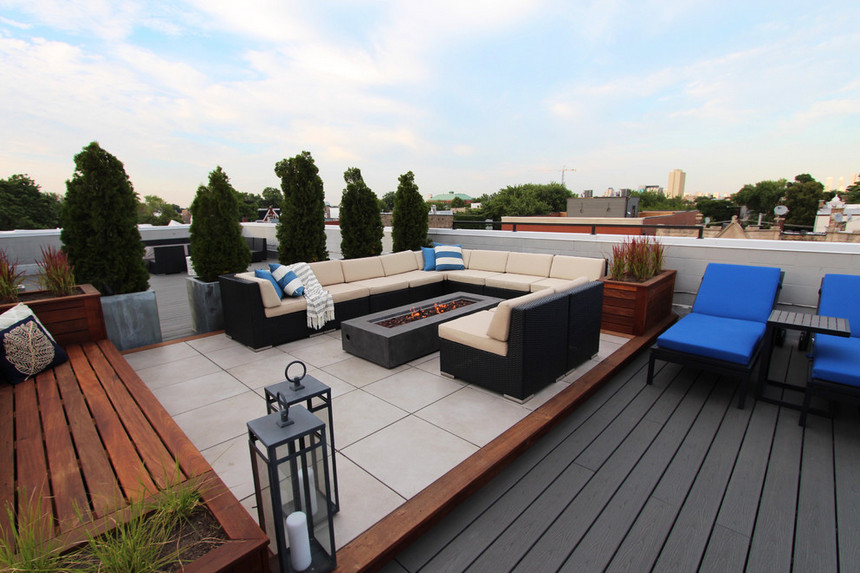 Rooftop Deck with a Fire Pit (13)