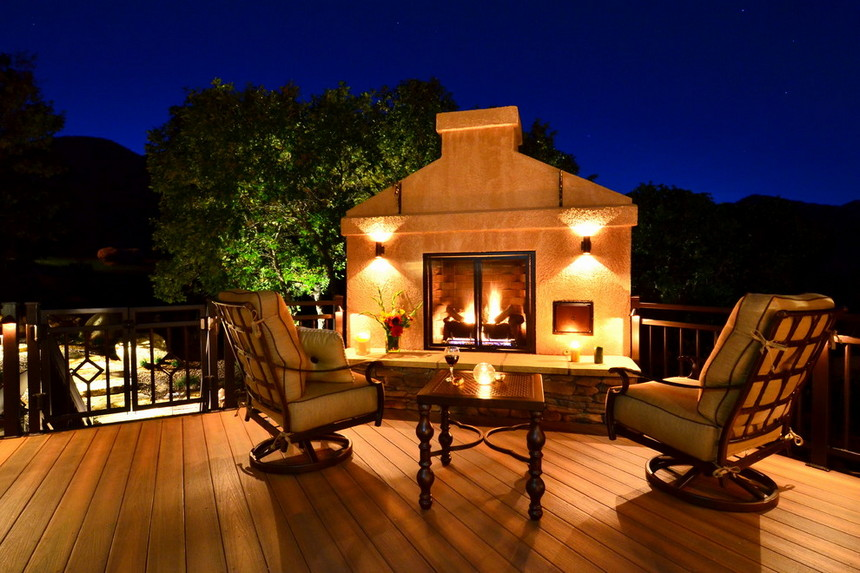 Rooftop Deck with a Fire Pit (19)