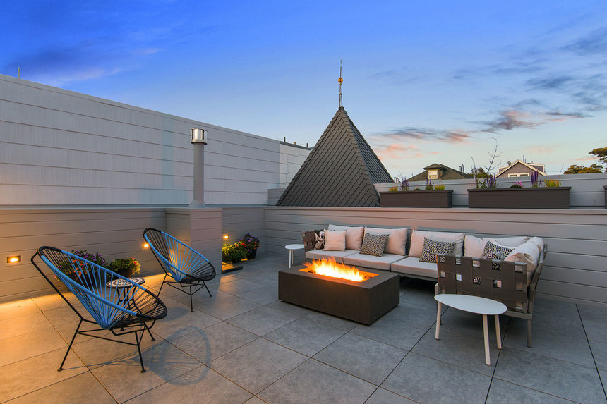 Rooftop Deck with a Fire Pit (2)