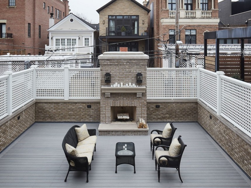 Rooftop Deck with a Fire Pit (25)