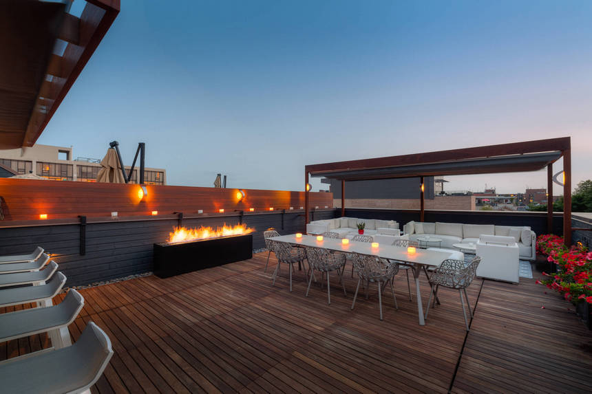 Rooftop Deck with a Fire Pit (7)