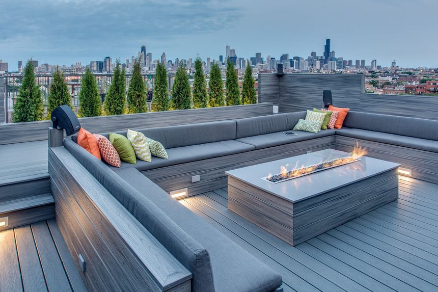 Rooftop Deck with a Fire Pit (8)