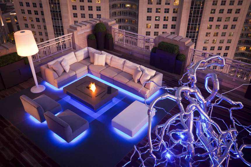 Rooftop Deck with a Fire Pit (9)