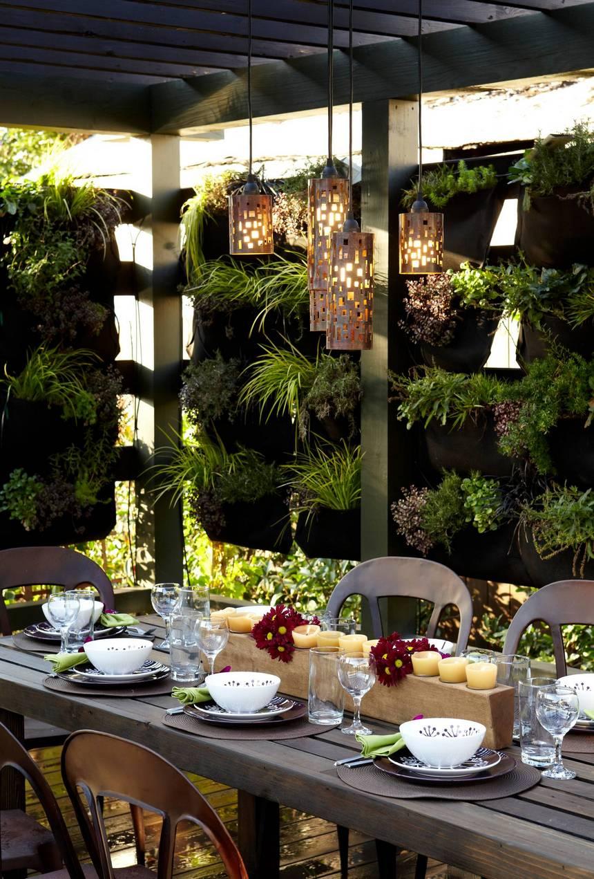 Vertical Garden Designs (32)
