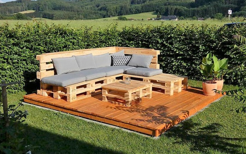 cute garden deck with furniture out of pallets wood